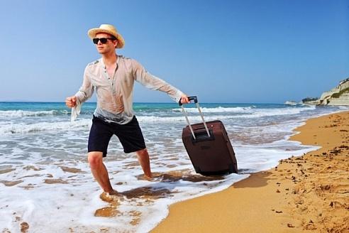 Квартиру в Санкт-Петербурге продал – за границу бесплатно слетал